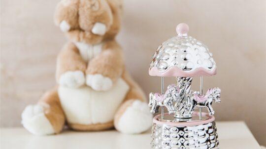 Regalo nascita: cosa regalare per la nascita di un bambino