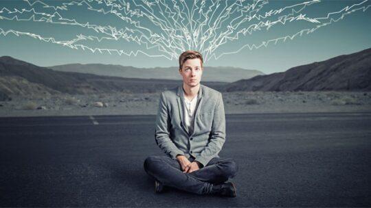 Cosa fare quando si hanno troppi pensieri in eccesso?