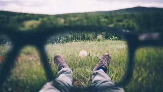 Leggere allontana i pensieri in eccesso o li riordina