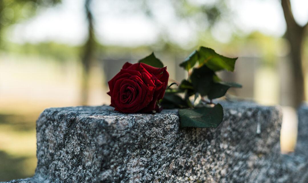 Come scegliere un'agenzia funebre adeguata